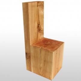 Chaise en bois de tronc