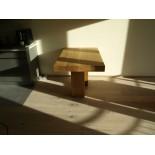 Table de bar en bois - taille personnalisée avec deux pieds