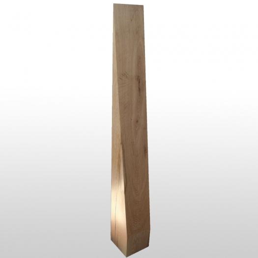 Holzstele spitz geschliffen