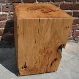 Holzblock Couchtisch 35x35x50 Eiche