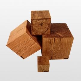 Tabouret cube bois